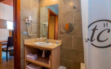 Bathroom Tossa Beach